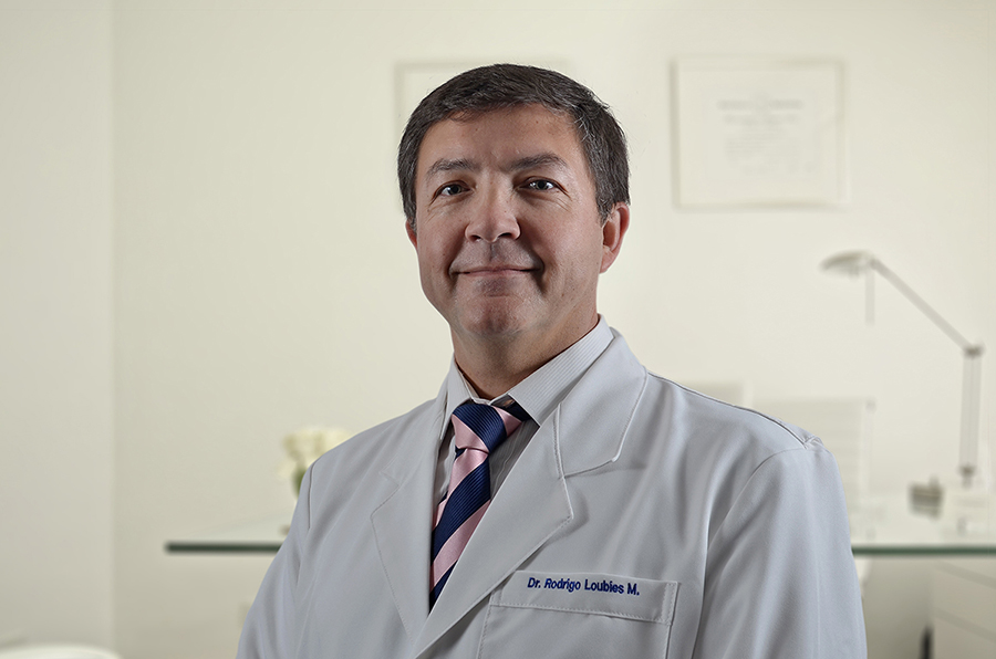 Dr. Rodrigo Loubies Muñoz